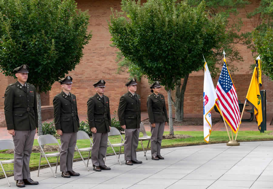 Five ROTC cadets commissioned as second lieutenants