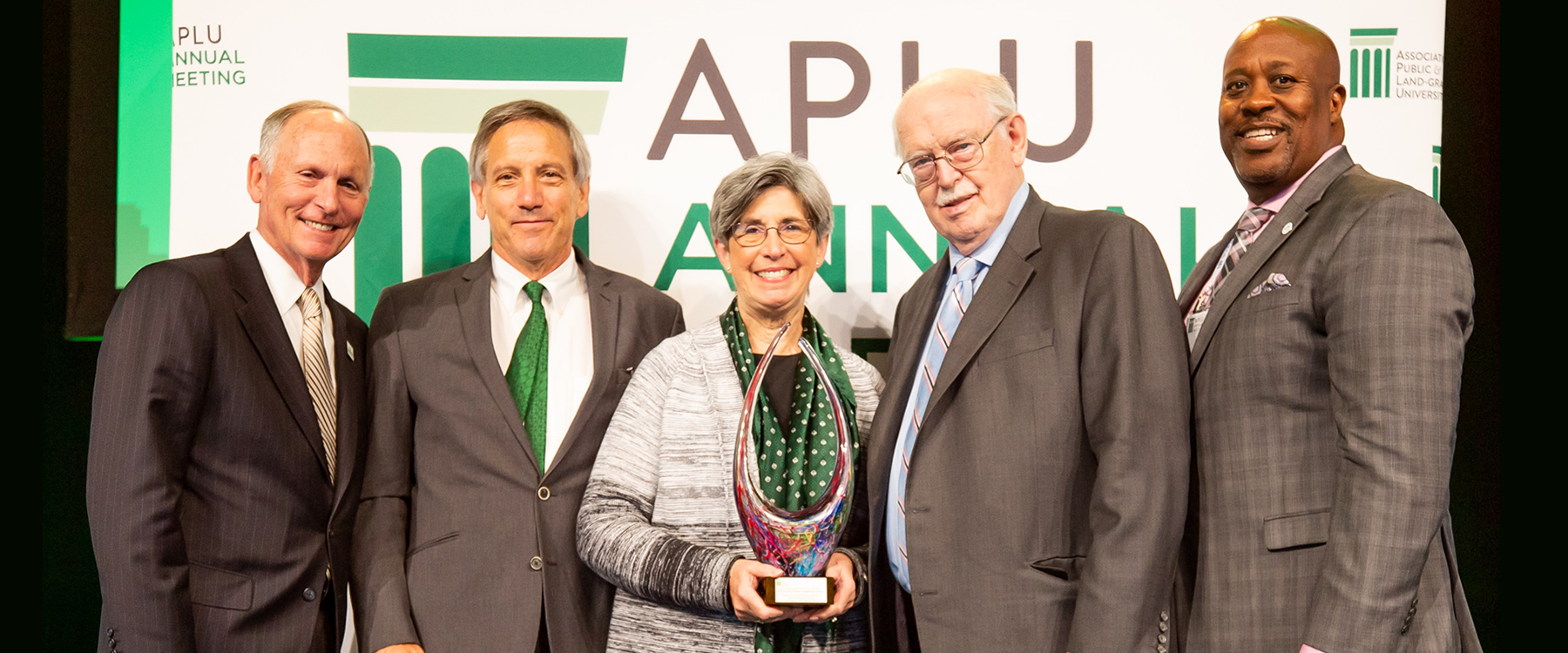 National award recognizes UNC Charlotte for degree completion gains