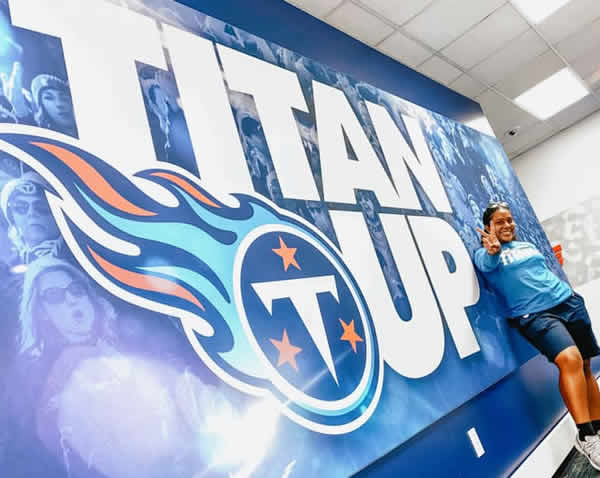 Exercise science alumna interns with Tennessee Titans