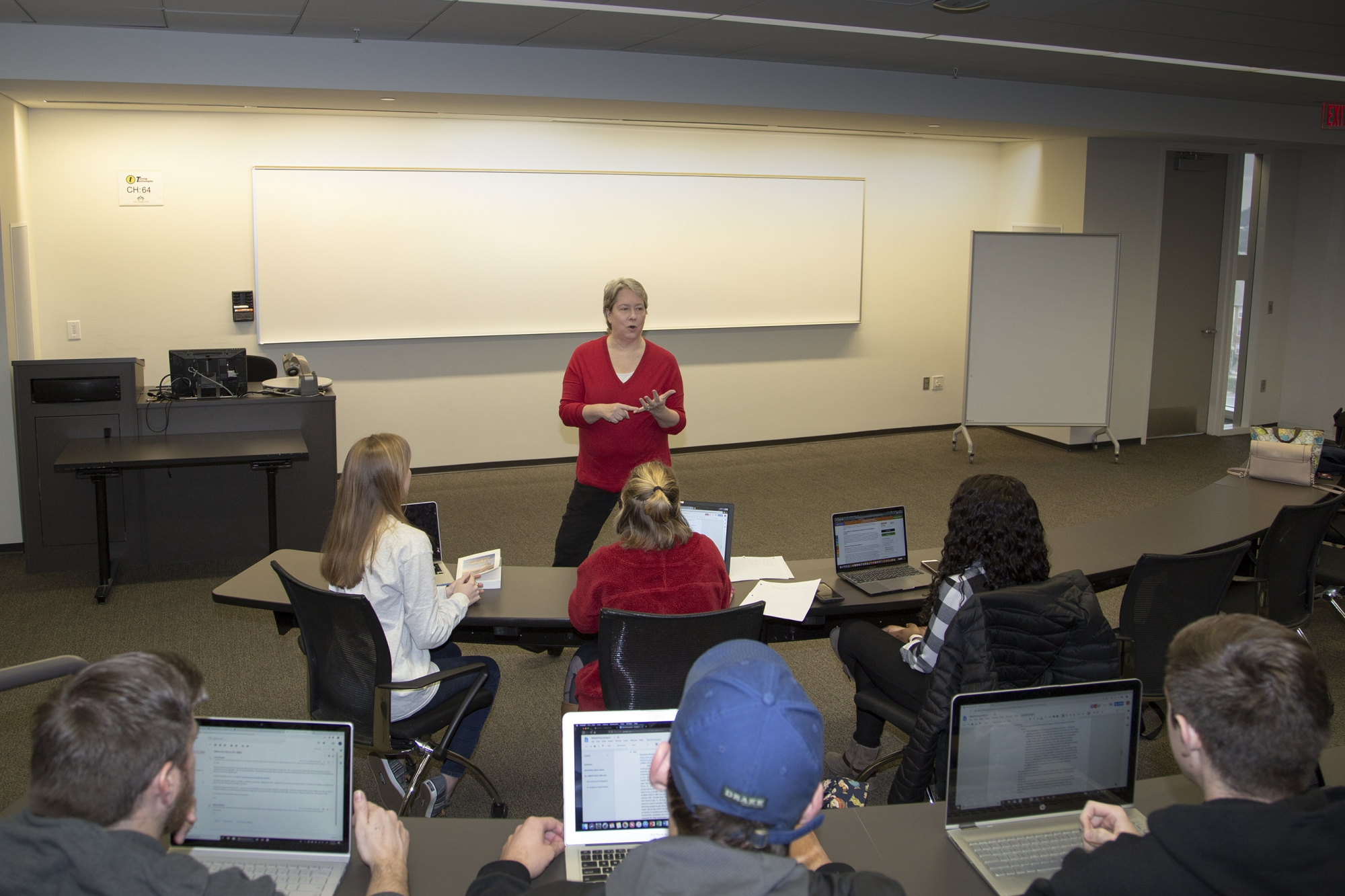 Carol Stivender in M.S. in Management classroom