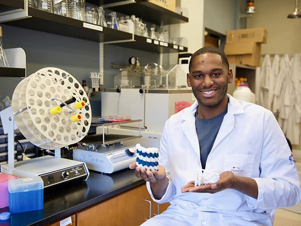 Student Researcher Perseveres, Earns NSF Graduate Research Fellowship